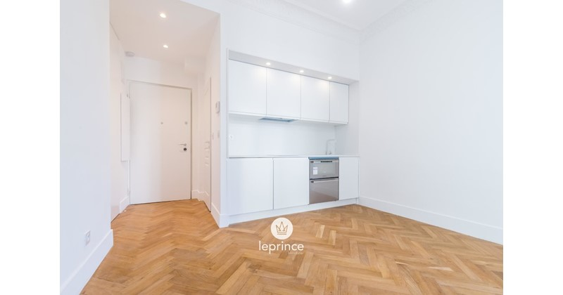 Apartment for sale, Thiers, in Nice, France - Properstar